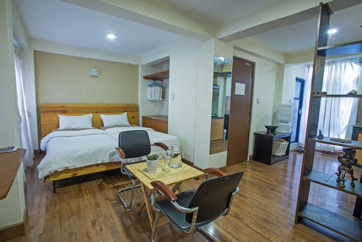 Om apartments 3 guesthouse for rent in patan central for Home decor nepal