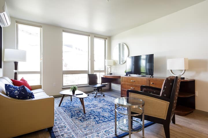 Luxurious 2BR Apt in Downtown PDX