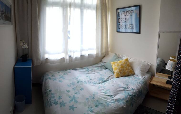 Comfy Double Bed Private Rm @CausewayBay 1min MTR