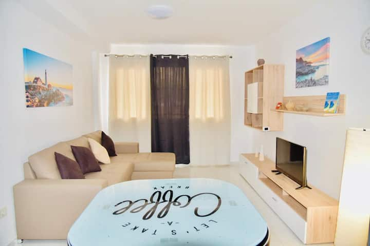 Nice and bright apartment, Beaches El Medano