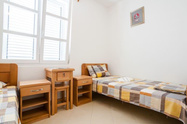Room 8 - Доња Ластва - Apartemen