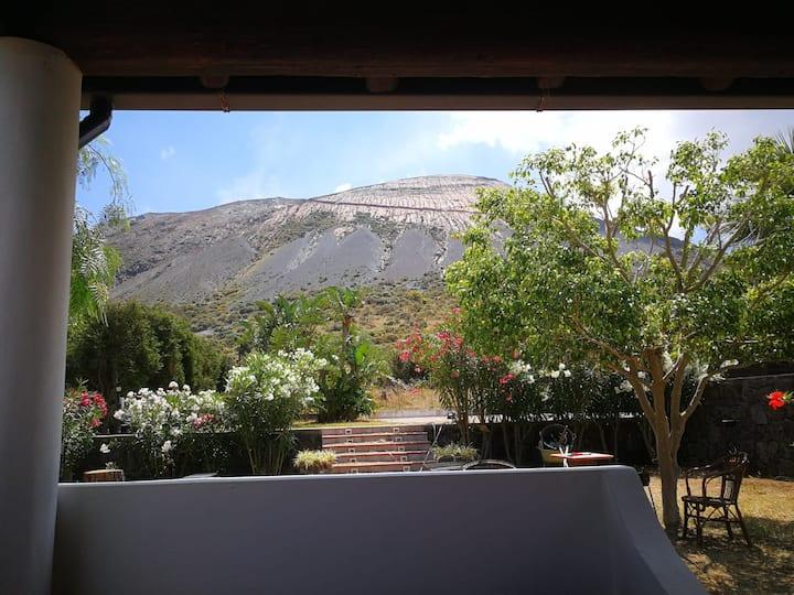 Casa corallo a Vulcano