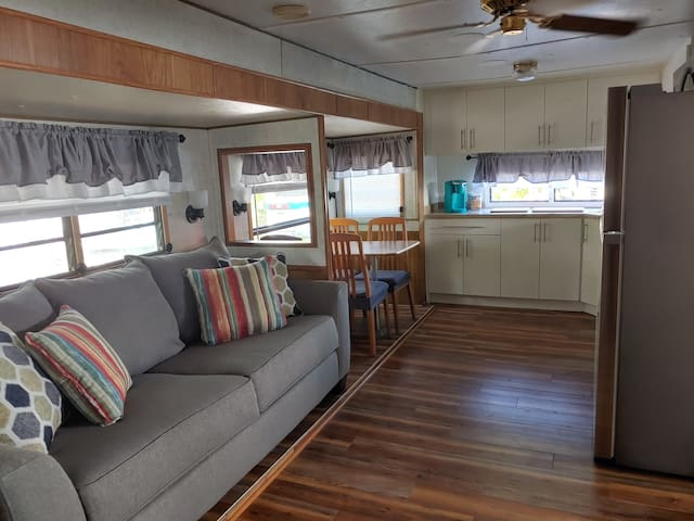 Vacation Rental - RV in the Beautiful Florida Keys