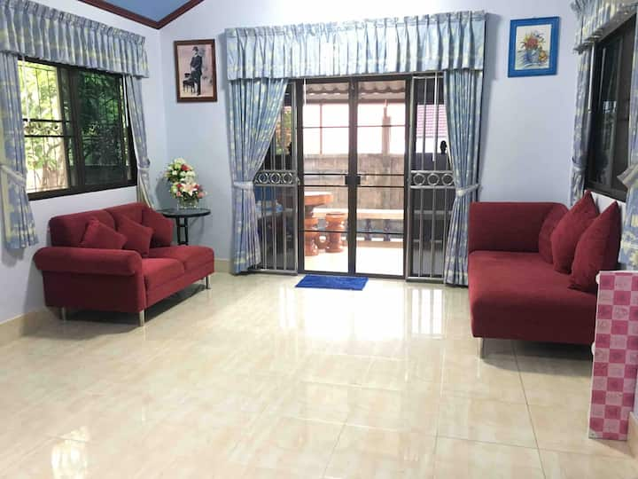 Ban Imm Jai guest house (Entire home)
