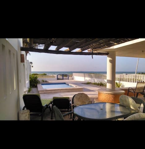 Cachorros beach house with pool, WiFi & Cable tv