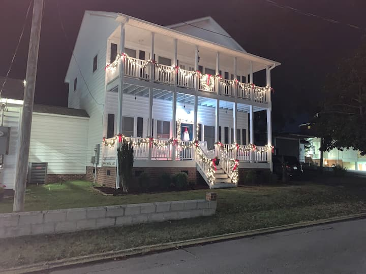 The Downtown Boro Vacation Rental