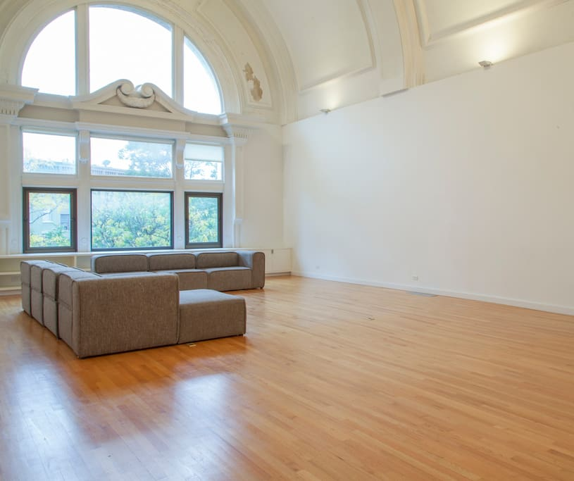 Lofts In Nyc For Rent: Loft In Historic Bank Of Syracuse
