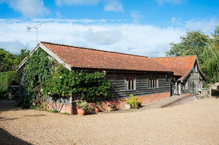 Beautiful Suffolk barn conversion and garden