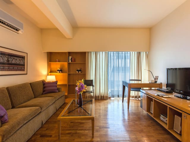 Studio Serviced Apartments Along Orchard Road