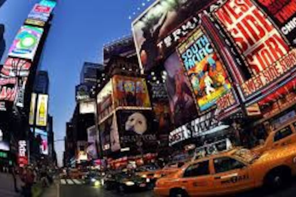 Visit and spend time in NYC without breaking the bank !