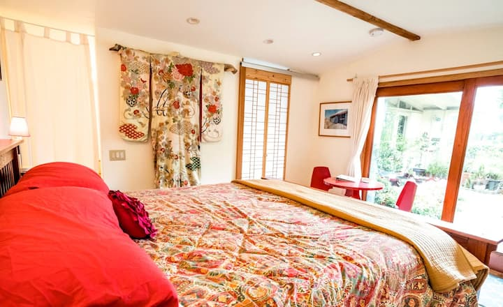 CA Dreaming w/Ocean View, King Bed, Gardens