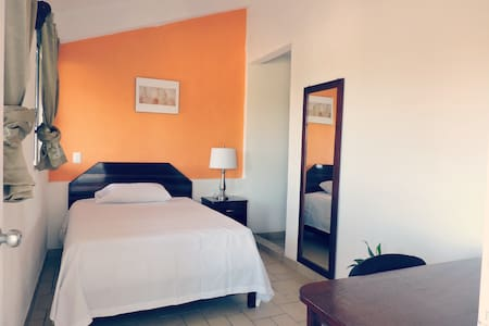 Beautiful cozy room near Chetumal Bay & University - Chetumal - Bed & Breakfast