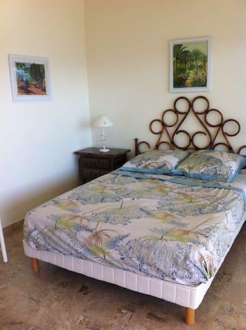 Villa avec vue sur mer et montagnes - Vico - Rumah