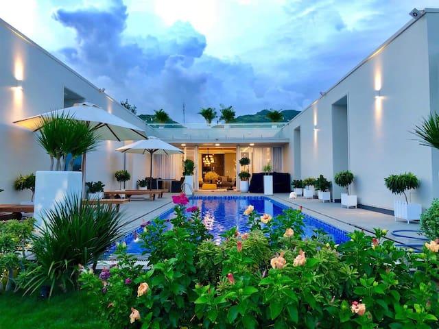 SakuraOceanami 5✩ Villa - 5br @Private Pool