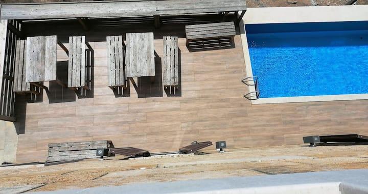 Anfeh seafront villa + studio (Ô  Fleur De Sel)