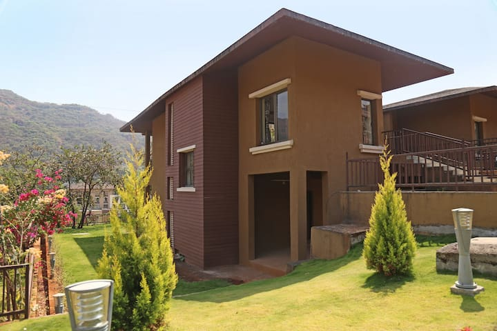 3 BHK Fully Furnished Villa - Lavasa - Villa