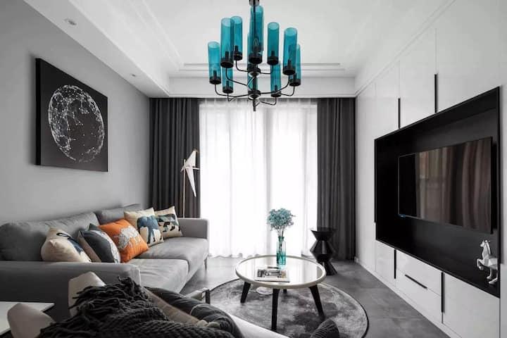 """""""Elegant apartment hotel""""The ai of Venus."""