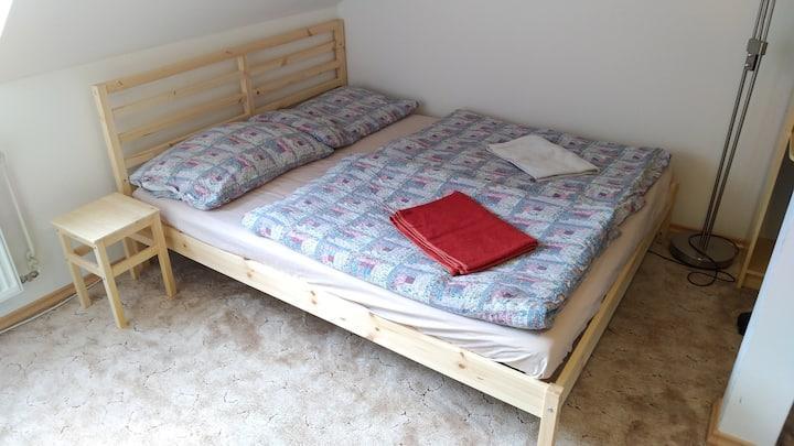 Podkrovní byt v centru Votic (50 km od Prahy)