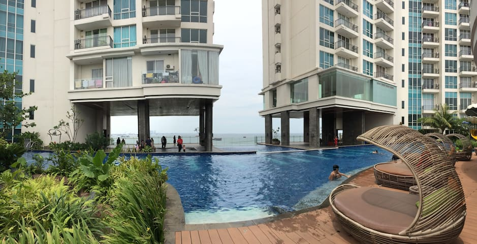 PROMO- Ocean/City w 1 Bdrm Ancol Mansion Apartment