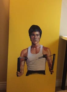 Coco's Bruce Lee Room - Abbotsford
