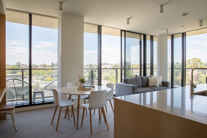 South Yarra 2 Bed 2 Bath Luxury Apt