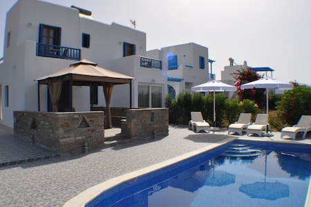 Ariadne house , Plaka Beach - Naxos