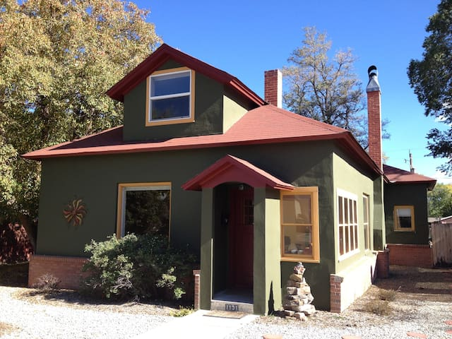 Close to Town and Dog Friendly Too! - Salida - House