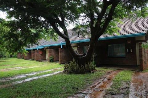 CUT HOTELS - CHINHOYI'S PREMIER DESTINATION