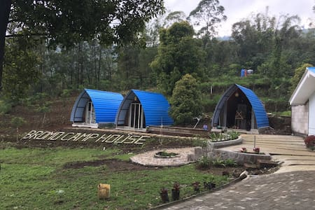BROMO CAMP HOUSE (private room)