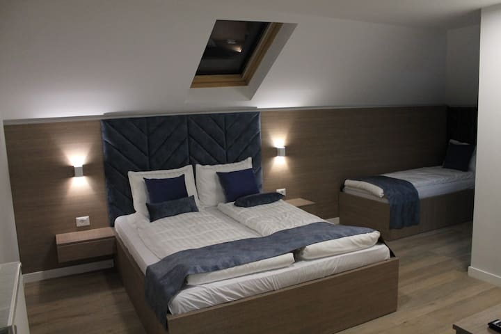 *New Central* Triple Room at Sleep Inn Prishtina