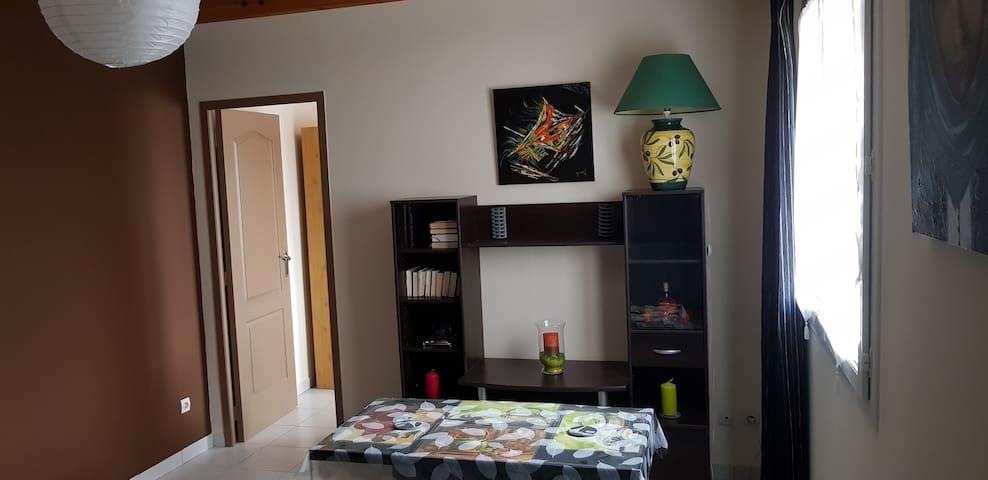 Maison EVA - Appartement T1 Bis non classe