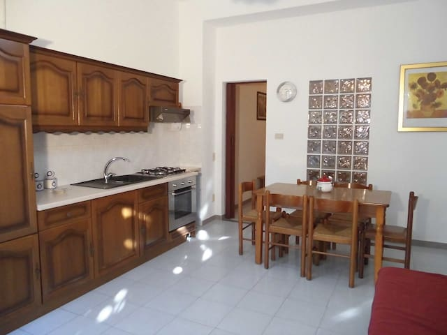6 people flat with shower - Capo d'Orlando - Pis
