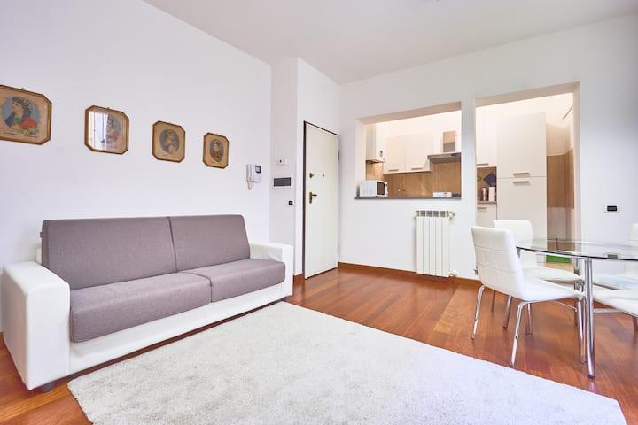 Nel Vicolo - Central, Quiet, Clean for Families !