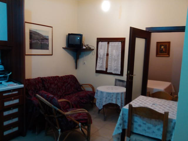 Κατοικία στο κτήμα - Kardamyla - Leilighet