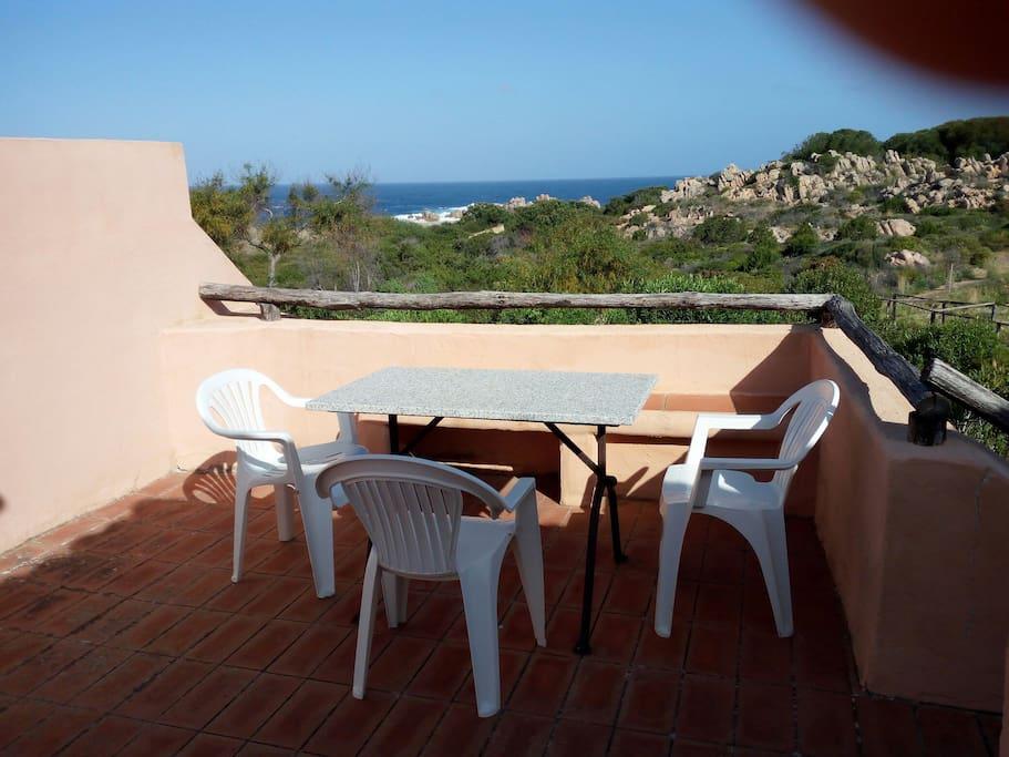 Delizioso bilocale vista mare calarossa village - Casa profumatissima ...