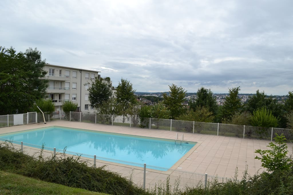 App 48 5m2 avec piscine et belle vue appartements en for Piscine franche comte