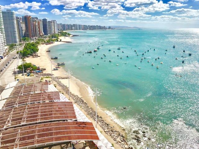 I.  Suíte na Beira Mar - Iate Plaza by Diego Flats