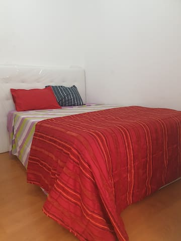 RoomMoscavide Oriente 1 Near  the Airport 3,5 km