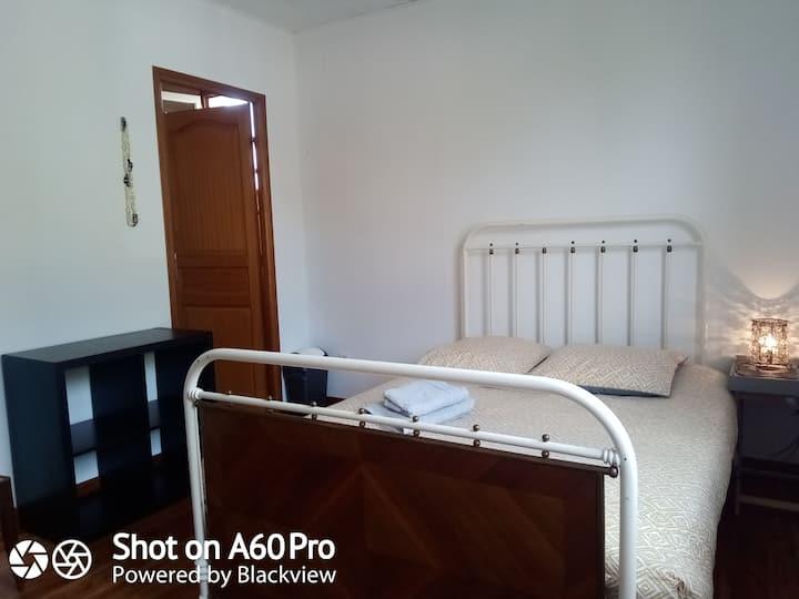 chambre avec salle de bains privée à niort