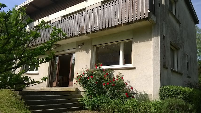 Propriété familiale sur grand parc près Lac du Der - Éclaron - Haus