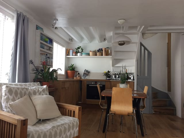 Quirky Seaside Apartment