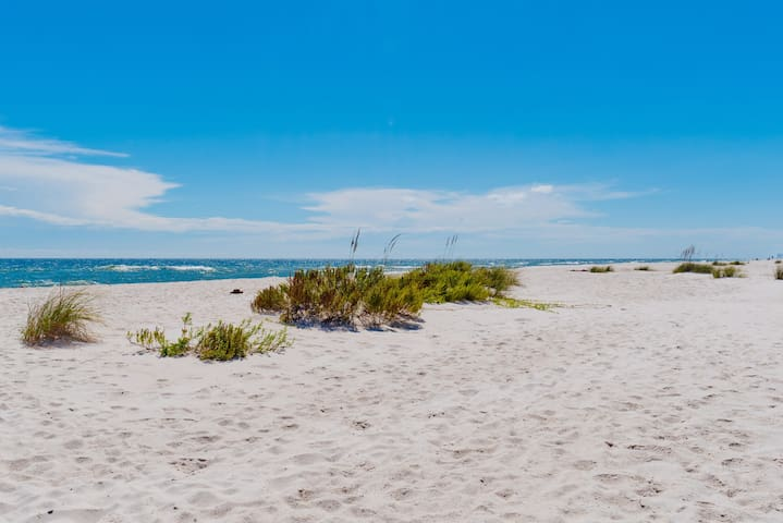 Perdido Key Home Away From Home - Pensacola - Condominium