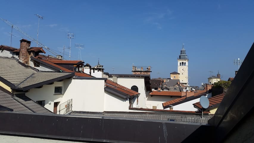 Cuneo's Roof Romantic Skyline - Cuneo - Pis