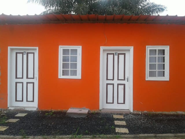 Studio lost cost , petit prix prestation de base - Libreville