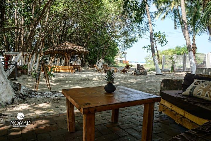 Suite privada en la playa A/C Nomad #5