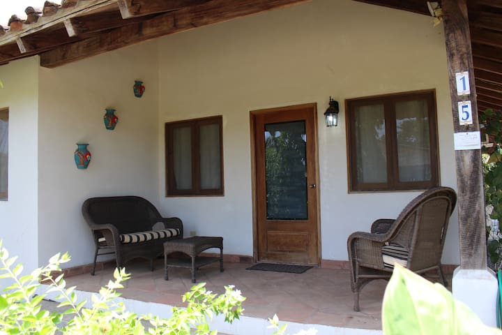 Gorgeous Pedasi garden 3/2  home, sleeps 6