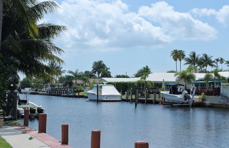 Cozy Coastal