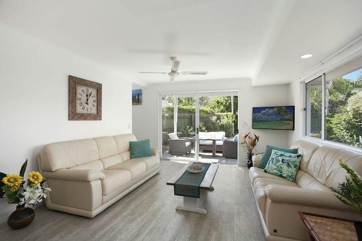 Noosa Sunseeker Beach House - pet friendly