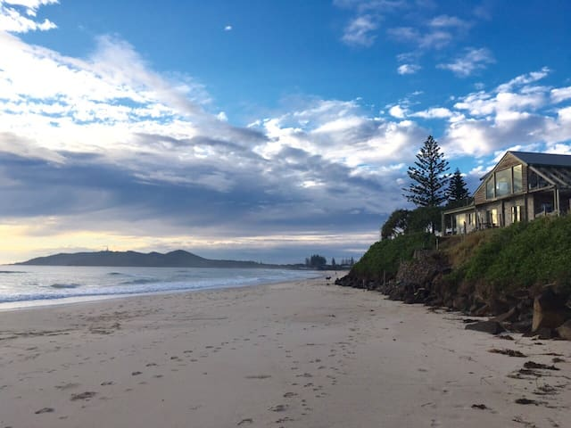 Beaumonts Beach House and Apartment on Belongil - Byron Bay - Huis
