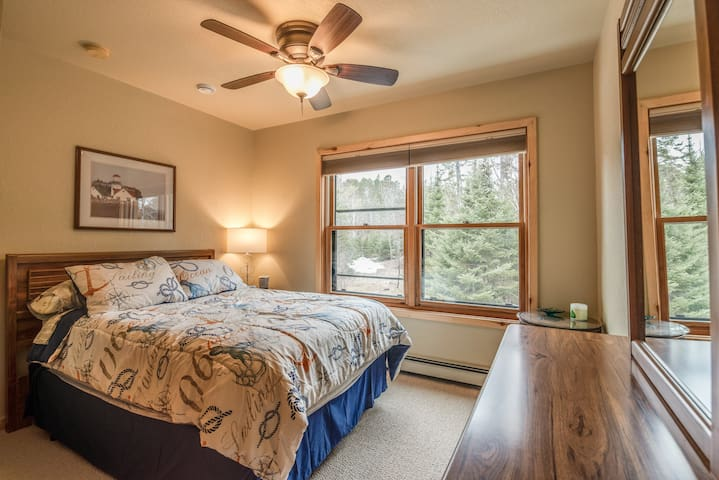 Upper level bedroom with full size bed